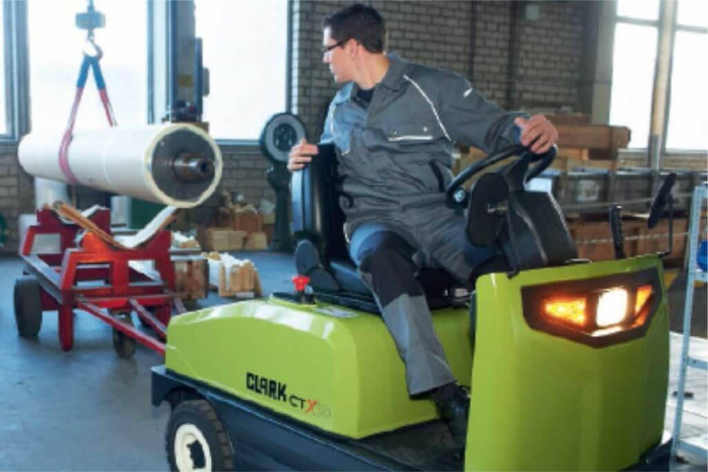 Clark Tow Tractors