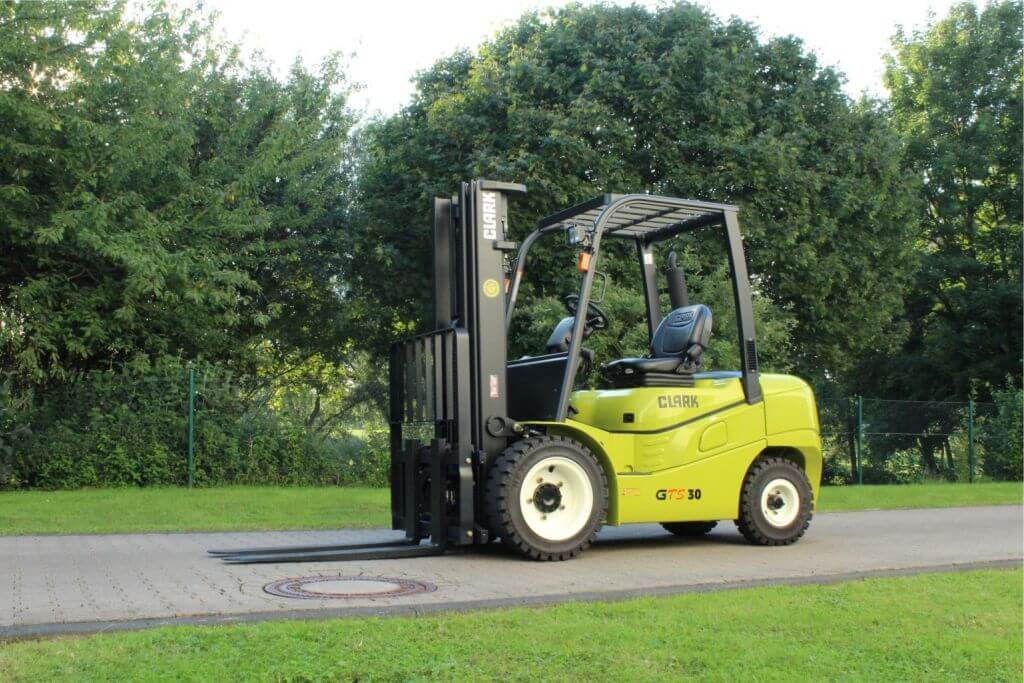 Clark GTS20-33 Forklift